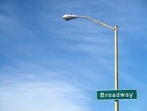 A placa conhecida da estrada de Broadway Fotos de Stock