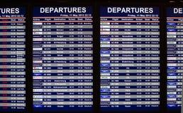 Placa da informação das partidas do aeroporto Fotos de Stock Royalty Free