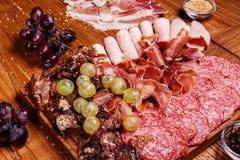 Placa das carnes frias Foto de Stock
