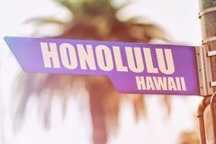Placa de calle de Honolulu Hawaii Fotos de archivo
