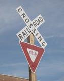 Placa de calle del ferrocarril de la travesía Fotografía de archivo libre de regalías