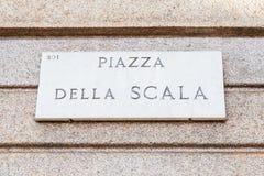 Placa de calle del La Scala Imagen de archivo libre de regalías