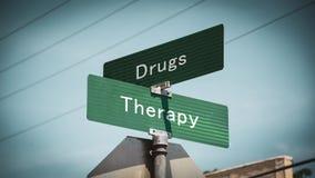 Placa de calle a la terapia contra las drogas foto de archivo libre de regalías