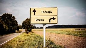 Placa de calle a la terapia contra las drogas fotos de archivo