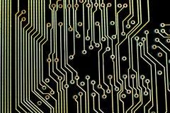 Placa de circuito con la trayectoria de los microprocesadores Foto de archivo