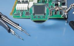 Placa de circuito con los chips CI Fotografía de archivo libre de regalías