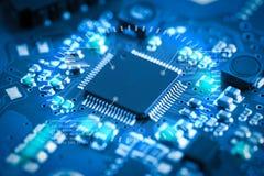 Placa de circuito eletrônico do close-up conceito do estilo da tecnologia Fotografia de Stock Royalty Free