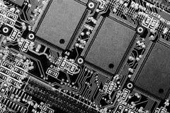 Placa de circuito em B&W - macro extremo fotografia de stock