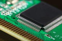 Placa de circuito impresso com componentes bondes Imagens de Stock Royalty Free