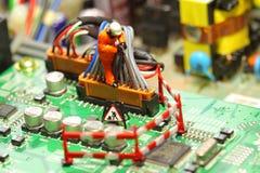 Placa de circuito modelo E del trabajador Foto de archivo libre de regalías