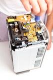 Placa de circuito que es reparada fotos de archivo libres de regalías