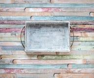 Placa de corte vazia do vintage no conceito do fundo do alimento das pranchas fotografia de stock royalty free