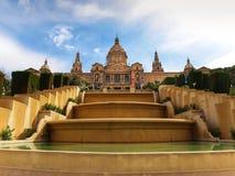 Placa De Espanya, el Museo Nacional en Barcelona fotografía de archivo