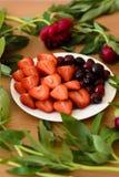 Placa de frutas Foto de archivo