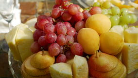 Placa de frutas clasificadas almacen de video