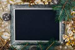 Placa de giz do Natal com quadro de prata Imagens de Stock
