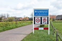 Placa de identificación del lugar de Bronckhorst, una pequeña ciudad en los Países Bajos Foto de archivo libre de regalías