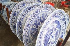 Placa de jantar grande da porcelana da flor fotografia de stock