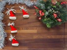 Placa de madeira com decorações do Natal Imagem de Stock