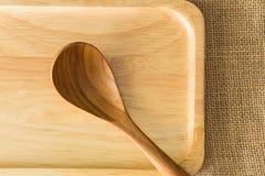 Placa de madeira na textura do saco de gunny Imagem de Stock