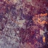 Placa de metal oxidada com os pontos coloridos da corrosão fotografia de stock royalty free