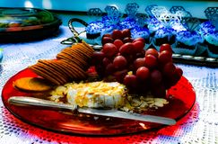 Placa de queijo gourmet imagens de stock