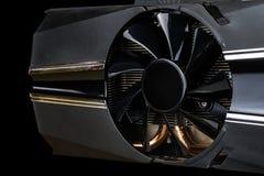 Placa de vídeo do computador com fim do fã acima imagens de stock
