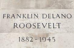 Placa del nombre en Franklin D Roosevelt Statue en Londres Imagen de archivo