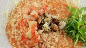 Placa del risotto con los mariscos metrajes
