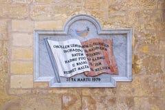 Placa do memorial da independência de Malta Fotos de Stock