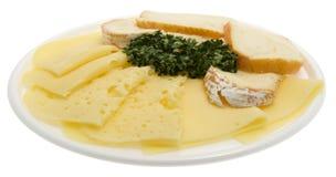 Placa do queijo, queijo como carnes frias cortadas Imagens de Stock