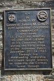 Placa en memoria de la GEN Gavin y la 82.a división aerotransportada Imágenes de archivo libres de regalías