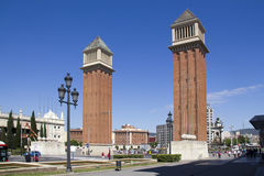 Placa Espanya in Barcelona, Spain. Barcelona, Spain - May 24, 2015: Tourists on Placa Espanya with landmark monuments in Barcelona, Spain on May 24, 2015 Royalty Free Stock Image