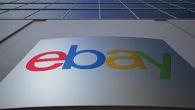 Placa exterior do signage com eBay Inc logo Prédio de escritórios moderno Rendição 3D editorial Fotos de Stock Royalty Free