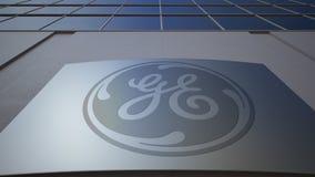 Placa exterior do signage com logotipo de General Electric Prédio de escritórios moderno Rendição 3D editorial Fotografia de Stock Royalty Free