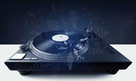 Placa giratoria que juega música con las líneas cruzadas dibujadas mano Imagenes de archivo