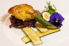 Placa gourmet deliciosa Imagens de Stock Royalty Free
