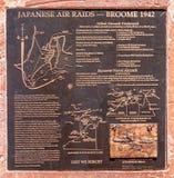 Placa memorável das ataques aéreas repentinas japonesas, Broome Austrália fotos de stock royalty free