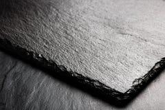 Placa preta da ardósia para servir com espaço da cópia Fotografia de Stock