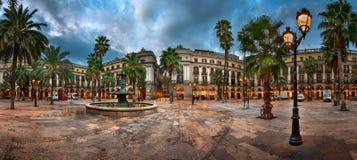 Placa Reial το πρωί, Βαρκελώνη, Καταλωνία, Ισπανία Στοκ εικόνα με δικαίωμα ελεύθερης χρήσης