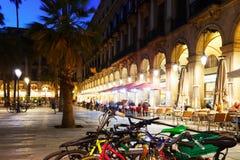 Placa Reial am Abend Barcelona, Katalonien Stockbild