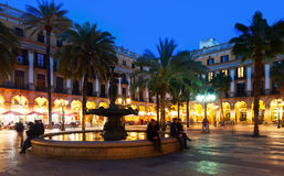 Placa Reial in de winteravond Barcelona royalty-vrije stock foto's