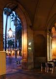 Placa Reial i afton Barcelona Royaltyfri Bild