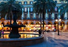 Placa Reial in nacht. Barcelona Stock Afbeelding