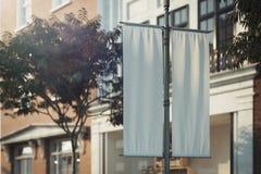 A placa rola acima o modelo Molde vazio do cartaz Sinal de rua, signage, rendi??o 3d ilustração do vetor