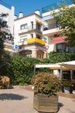Placa Sant Pere, Calella de Palafrugell Arkivfoton