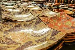 Placa tradicional da cerâmica de Lombok imagem de stock