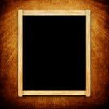 Placa vazia do menu com quadro de madeira no fundo do grunge Imagem de Stock Royalty Free
