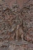 Placa velha da estátua do ferro do estilo tailandês tradicional na sagacidade do traimitr do wat fotografia de stock