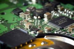 Placa verde obsoleta do computador, detalhe da tecnologia fotografia de stock